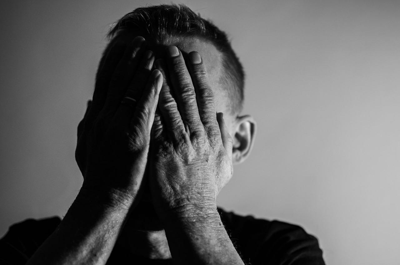 社会的行動障害(高次脳機能障害の症状)